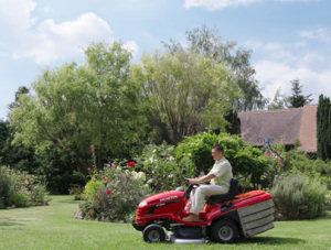 Honda HF2620 ride on mower